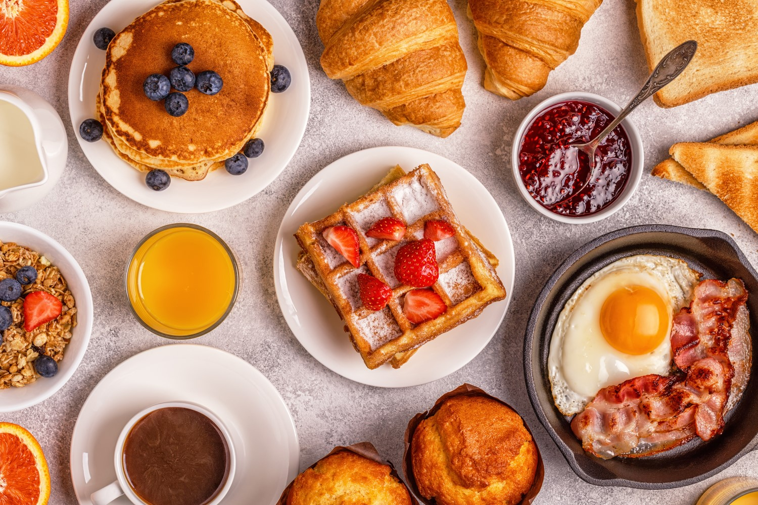 unique restaurant promotion ideas: offer brunch for a special price