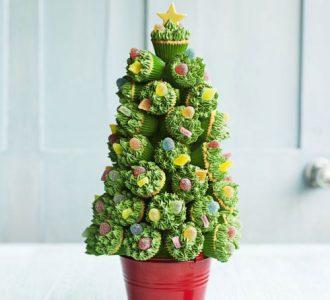 green cupcakes christmas tree